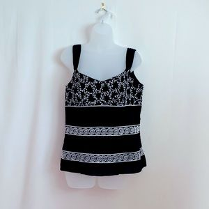 ANN TAYLOR - Embroidered Sleeveless Cami/Top